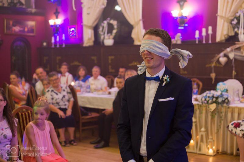 Kościól przygotowany na zaślubiny młodej pary